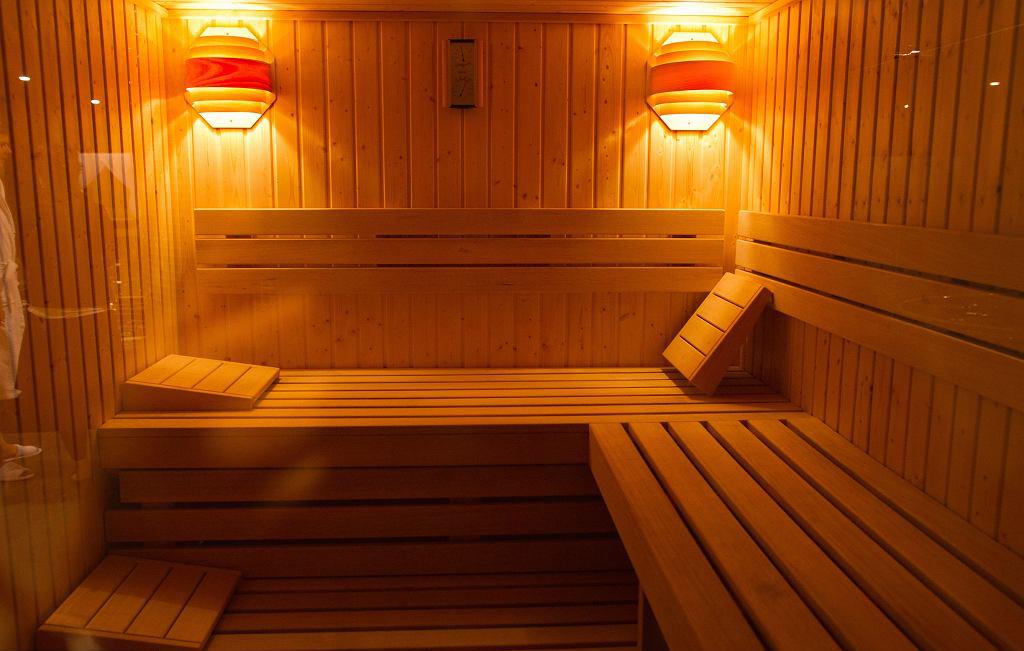 Sauna-fixed