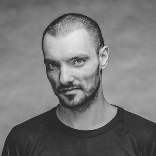 Maciej-Kuźmiński-bio3